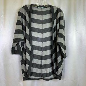 Maurice's Black & Gray Cardigan Large 🚨 2/$20